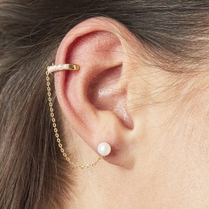 Earcuff pearls don't lie